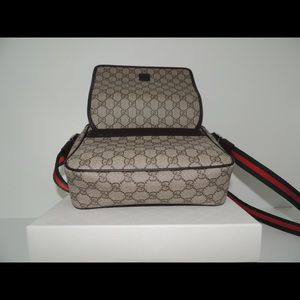 01391777b Gucci Bags | Messenger Bag Crossbody Web | Poshmark